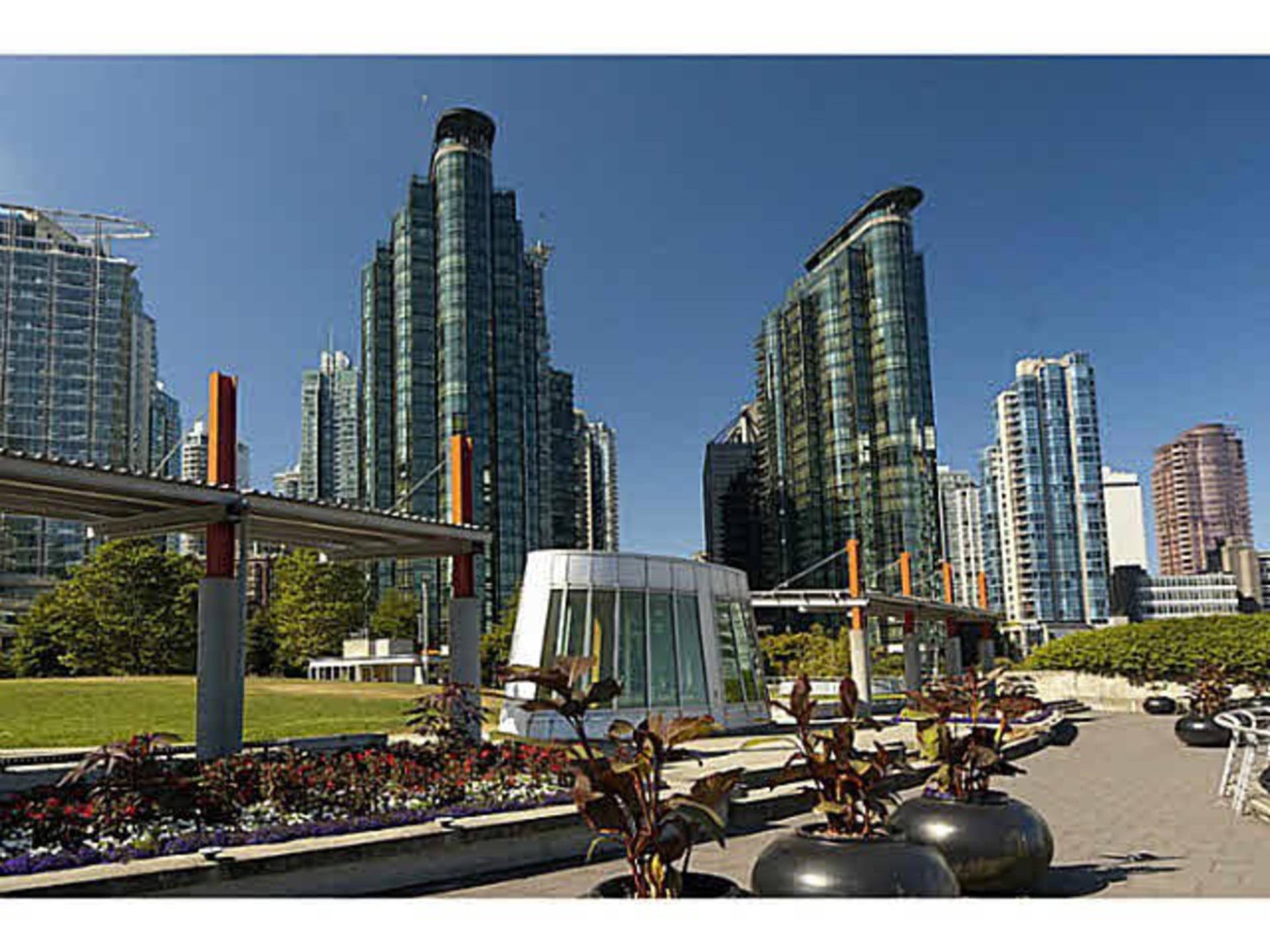 408 - 588 Broughton Street, Coal Harbour, Vancouver West