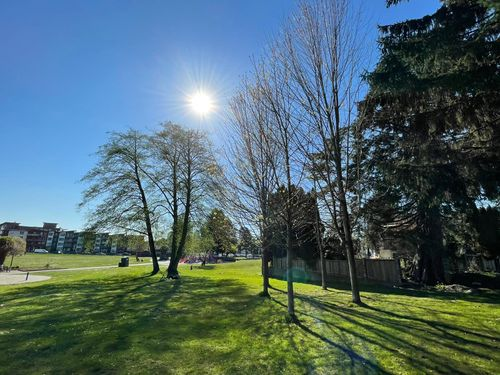 photo-2021-04-18-17-03-33 at 7310 14th Avenue, Edmonds BE, Burnaby East