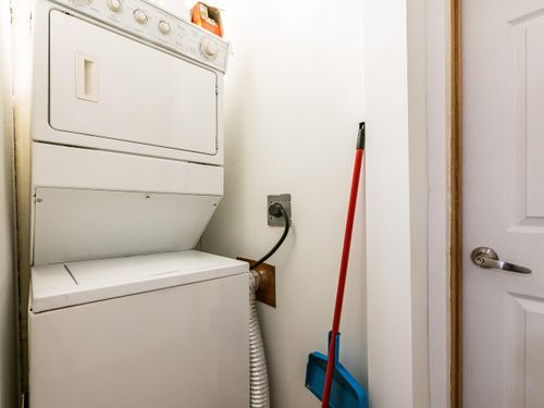 2551-belloc-st-north-vancouver-bc-v7h-1h9-canada-034-037-laundry-mls_size at 2551 Belloc Street, Blueridge NV, North Vancouver