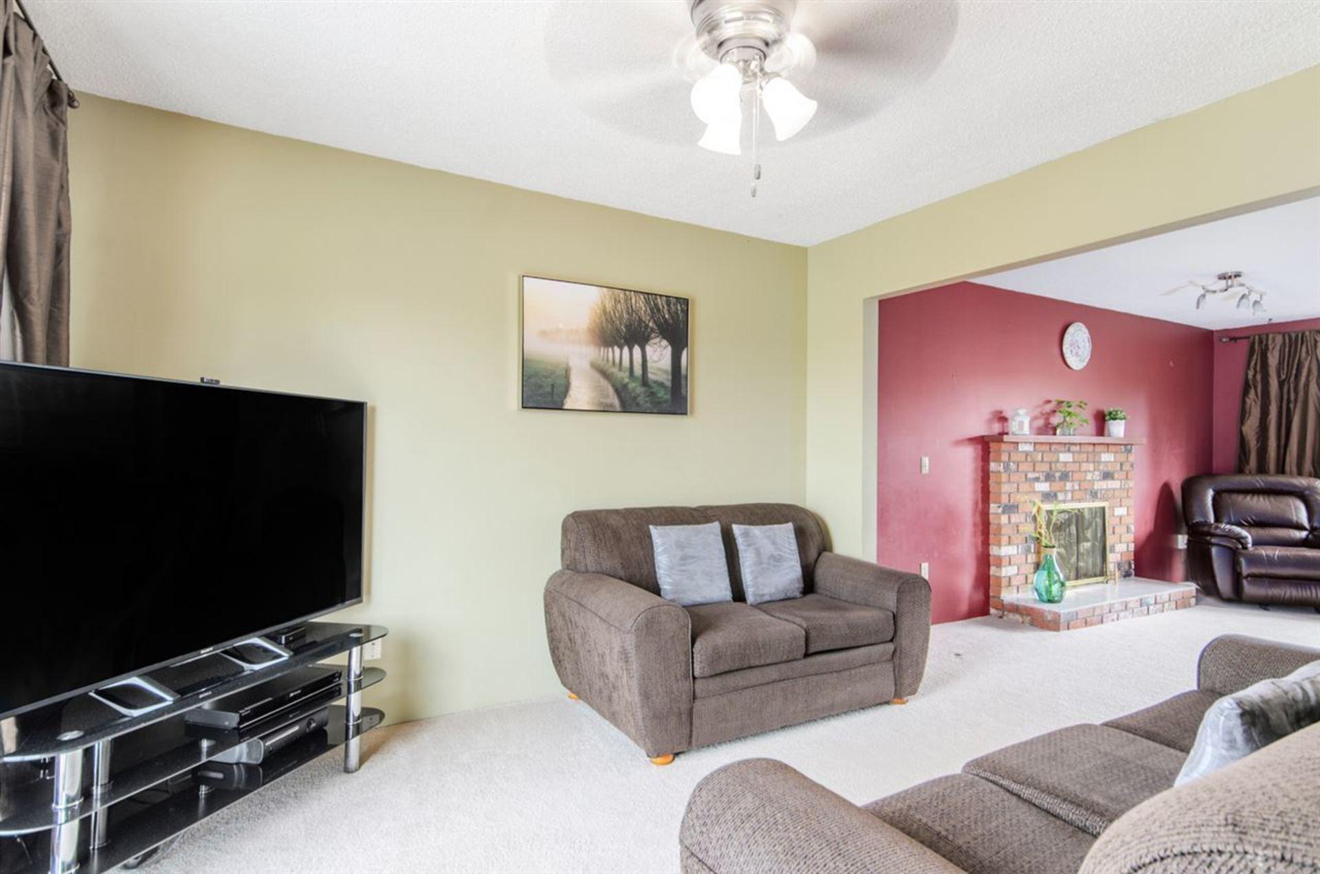 14235-72-avenue-east-newton-surrey-07 at 14235 72 Avenue, East Newton, Surrey