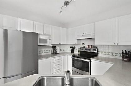 15268-105-avenue-guildford-north-surrey-14 at 226 - 15268 105 Avenue, Guildford, North Surrey