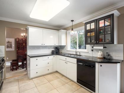 14065-18-avenue-sunnyside-park-surrey-south-surrey-white-rock-06 at 14065 18 Avenue, Sunnyside Park Surrey, South Surrey White Rock