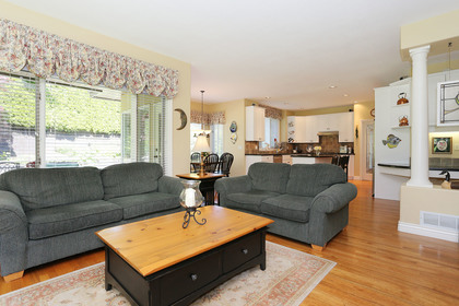 09 at 13316 23 Avenue, Elgin Chantrell, South Surrey White Rock