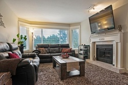 262057453-21 at 2015 King George Boulevard, King George Corridor, South Surrey White Rock