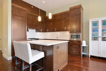 262094745-11 at 203 - 13585 16th Avenue, Crescent Bch Ocean Pk., South Surrey White Rock