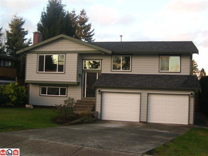 259192380 at 15579 17th Avenue, King George Corridor, South Surrey White Rock