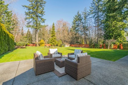 14157 25A Avenue Sold Team McKnight at 14157 25a Avenue, Sunnyside Park Surrey, South Surrey White Rock