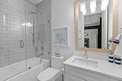 16697 30A Avenue bathroom. at 16697 30a Avenue, Grandview Surrey, South Surrey White Rock
