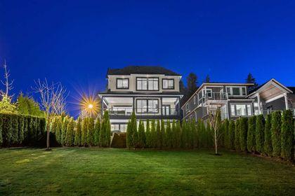 16697 30A Avenue backyard at 16697 30a Avenue, Grandview Surrey, South Surrey White Rock