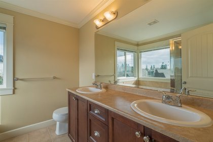 11.jpg at 6813 197 Street, Willoughby Heights, Langley