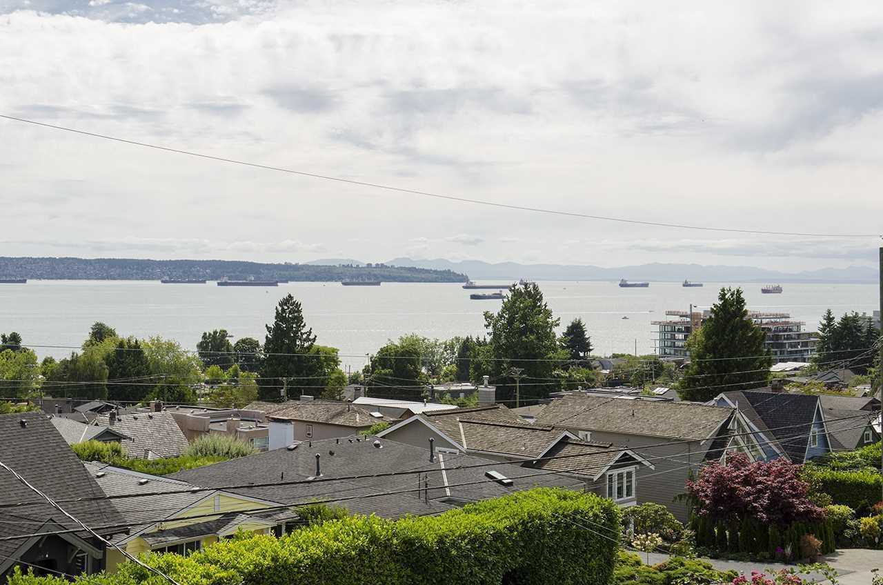 1117-duchess-avenue-ambleside-west-vancouver-08 at 1117 Duchess Avenue, Ambleside, West Vancouver
