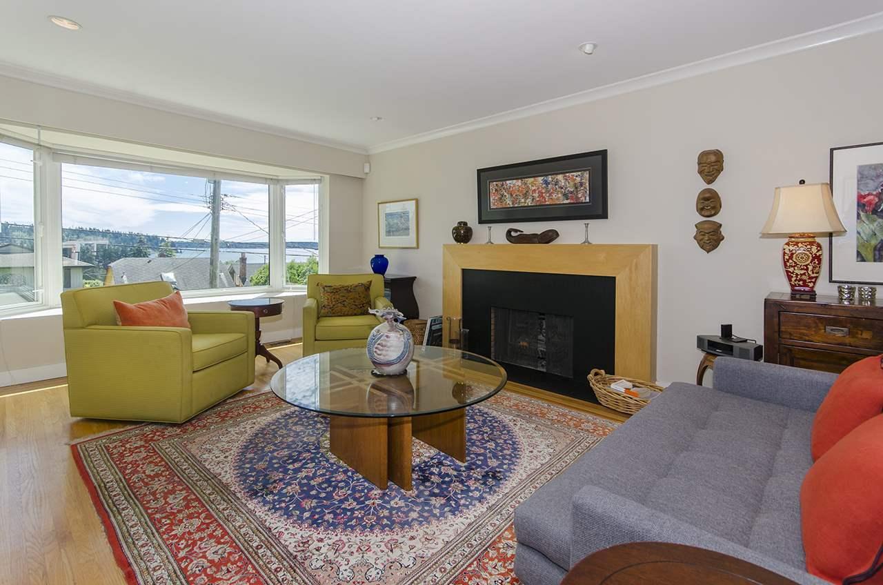 1117-duchess-avenue-ambleside-west-vancouver-11 at 1117 Duchess Avenue, Ambleside, West Vancouver