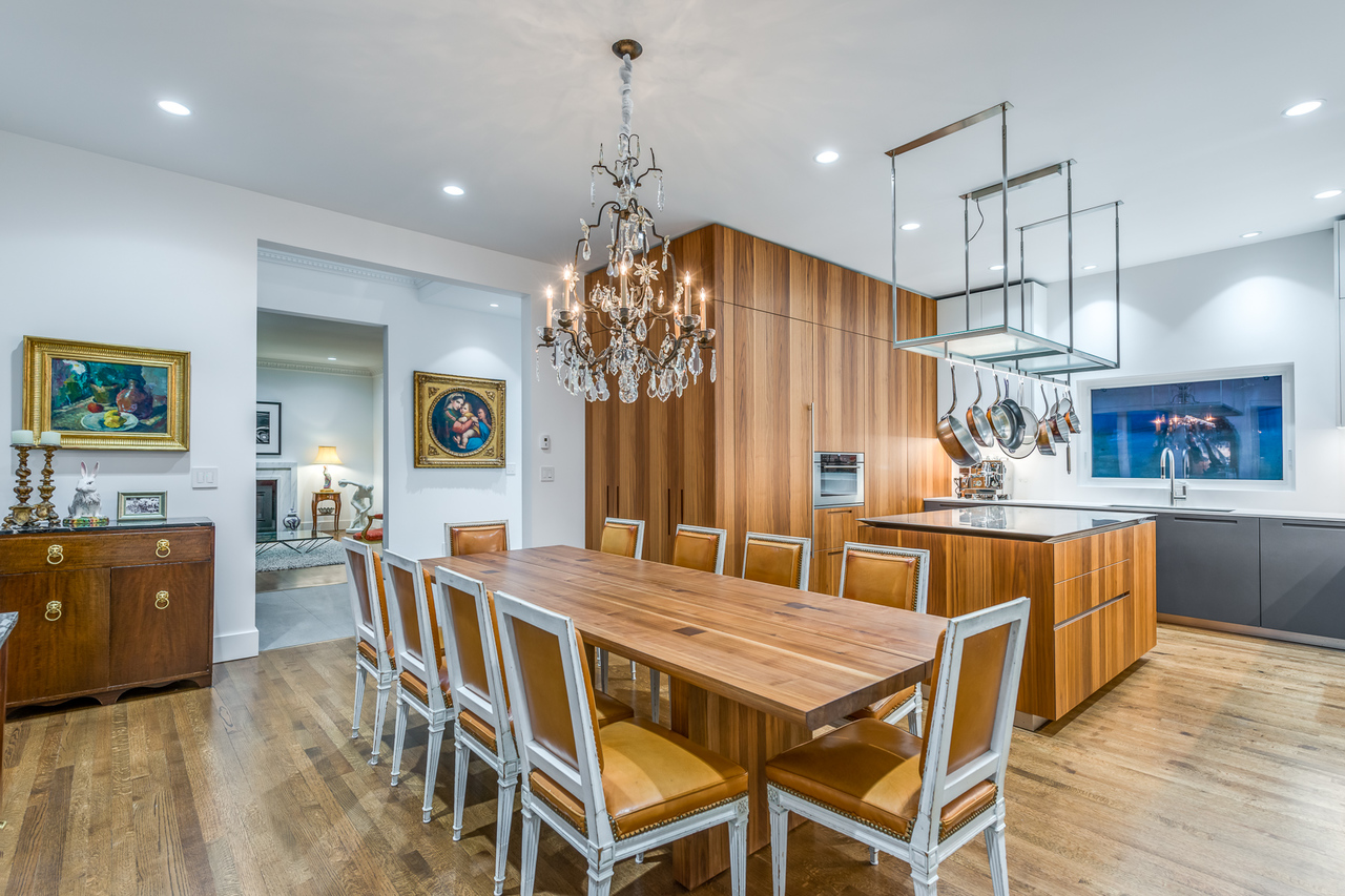 Dining at 2651 Mathers Avenue, Dundarave, West Vancouver