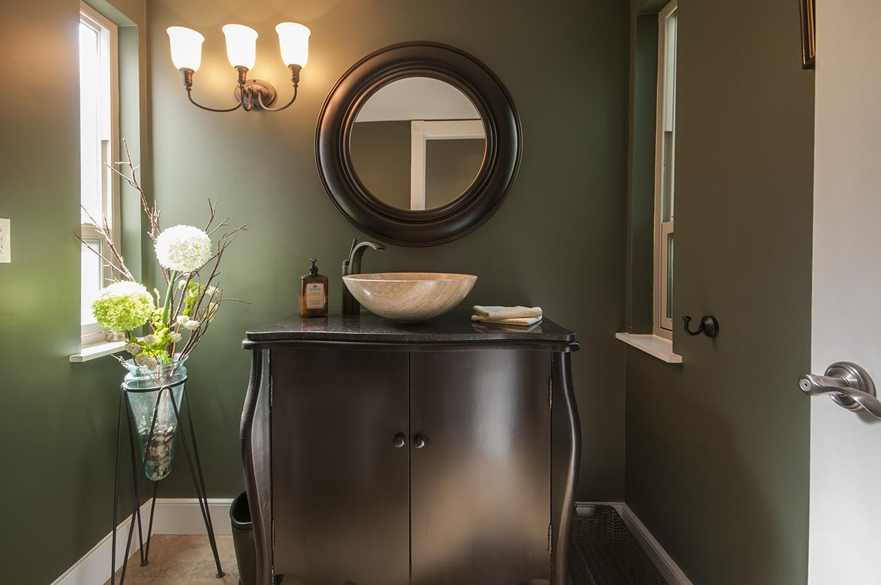 Powder Room at 555 Palisade Drive, Canyon Heights NV, North Vancouver