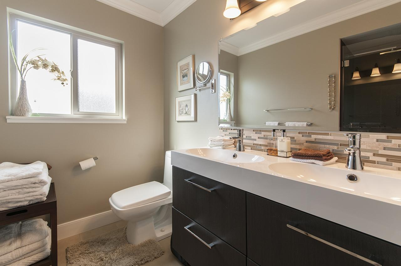 Bathroom at 555 Palisade Drive, Canyon Heights NV, North Vancouver