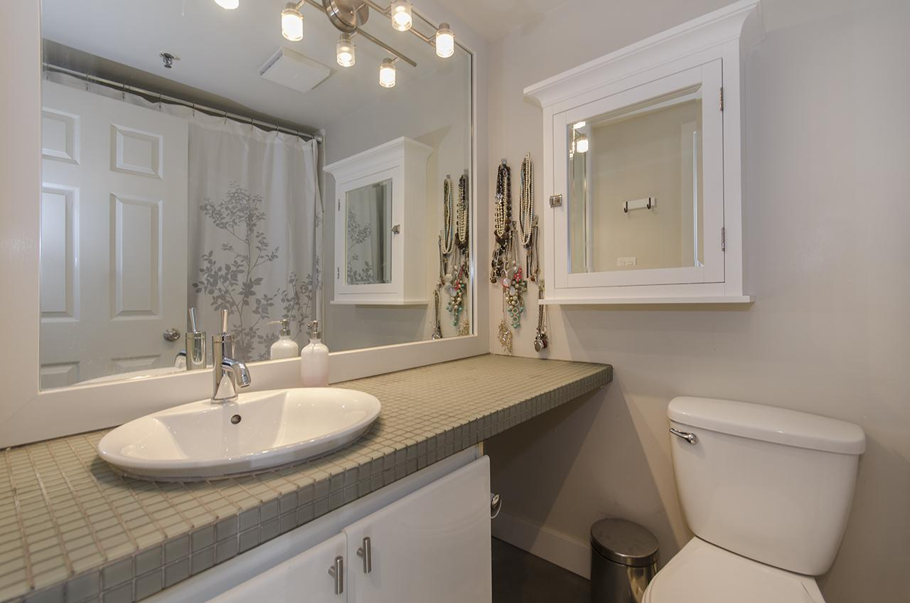 Ensuite at 303 - 2160 Cornwall Avenue, Kitsilano, Vancouver West