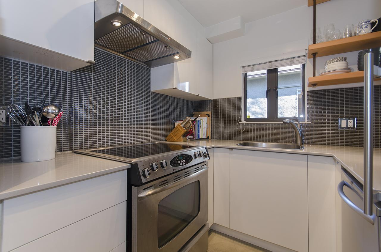 7651 at 303 - 2160 Cornwall Avenue, Kitsilano, Vancouver West