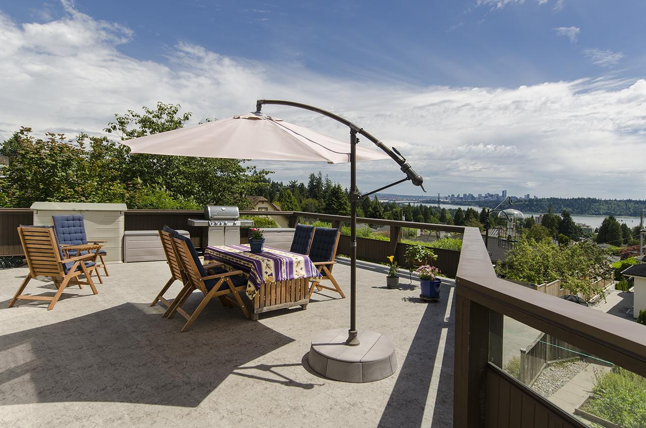 2787 at 1474 Mathers Avenue, Ambleside, West Vancouver