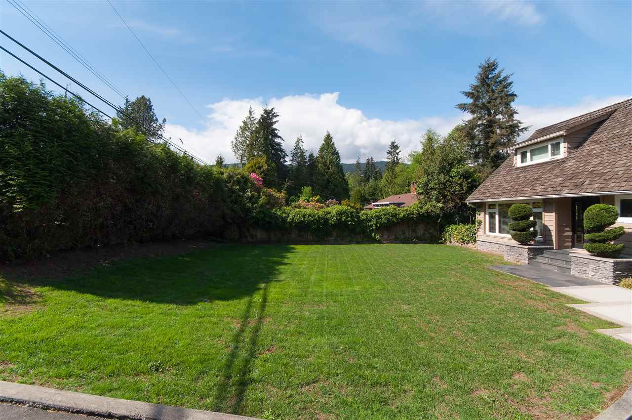 image-262086145-20.jpg at 735 Burley Drive, Sentinel Hill, West Vancouver