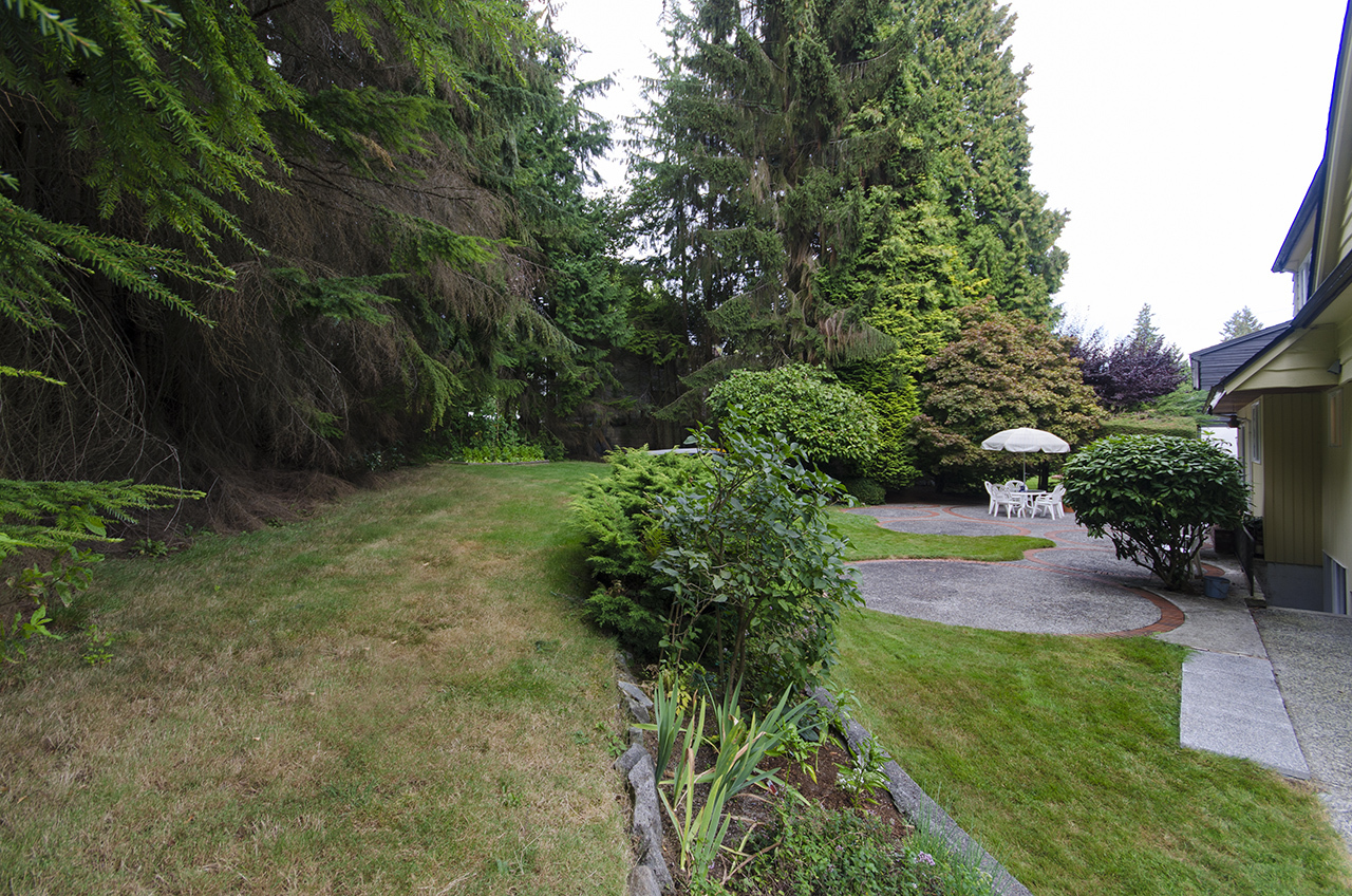 at 1195 Sutton Place, British Properties, West Vancouver