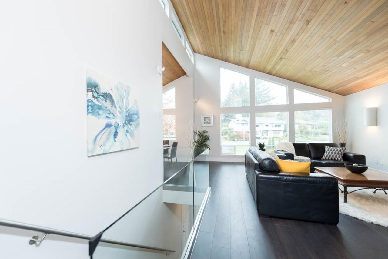 3.jpg at 2602 Lauralynn Drive, Westlynn, North Vancouver
