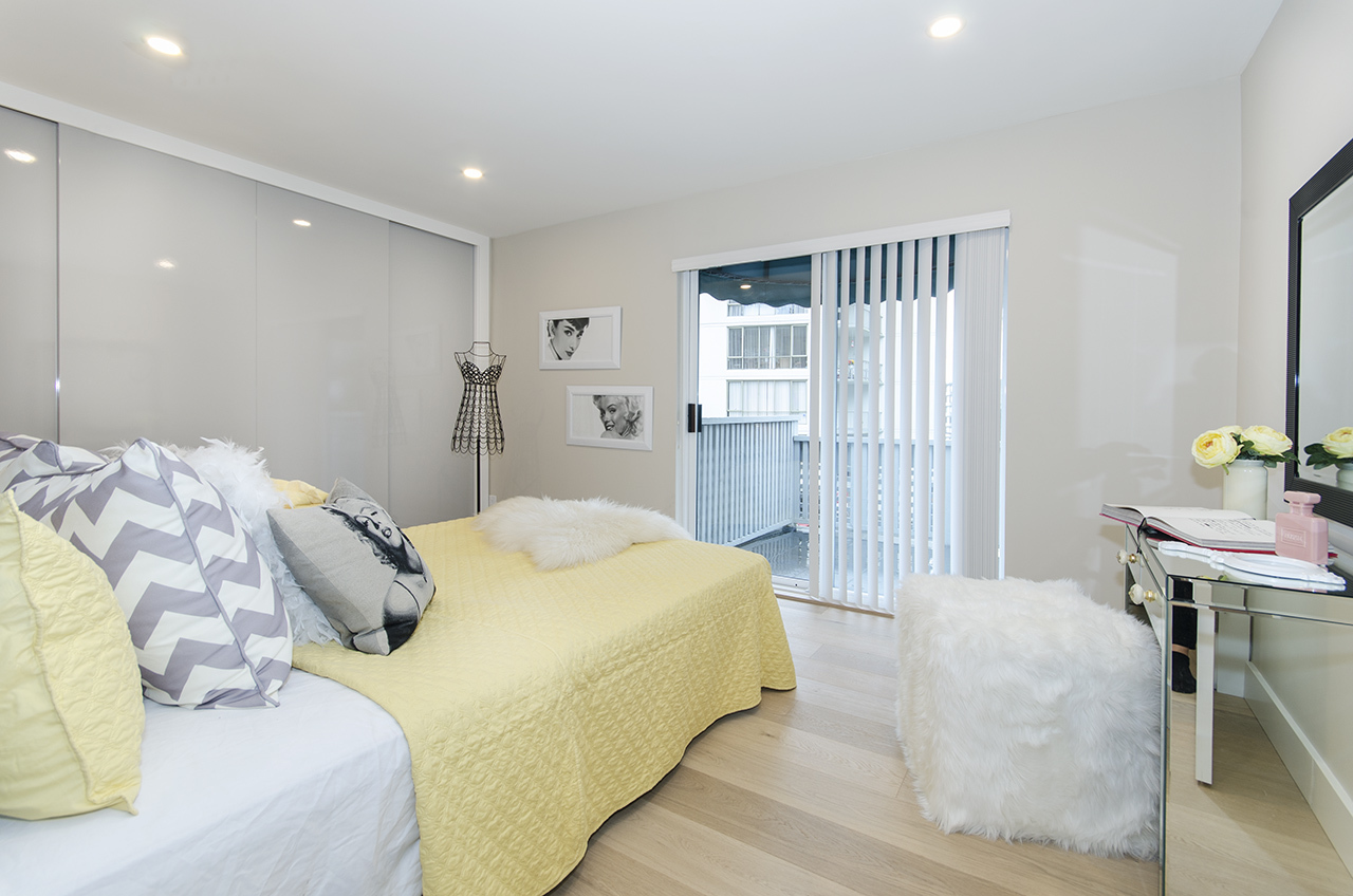 7880 at 2030 Marine Drive, Ambleside, West Vancouver