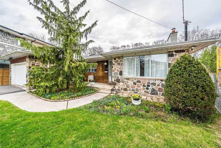 25-wycliffe-cres-bayview-village-toronto-11 at SALE #474 - 25 Wycliffe Crescent, Bayview Village, Toronto