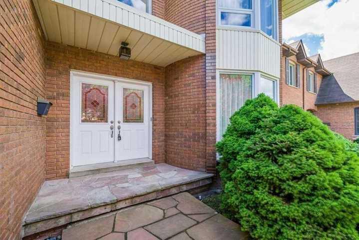 70-clarinda-dr-bayview-village-toronto-02 at 70 Clarinda Drive, Bayview Village, Toronto
