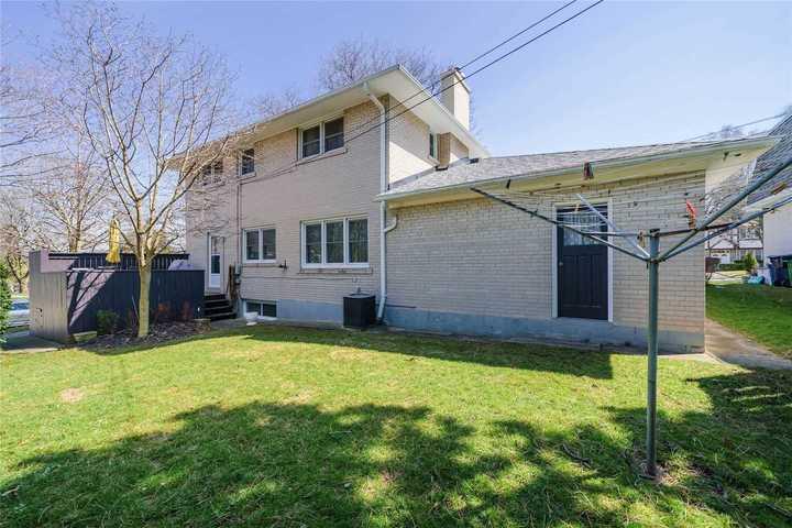 30-blue-ridge-rd-bayview-village-toronto-33 at 30 Blue Ridge Road, Bayview Village, Toronto