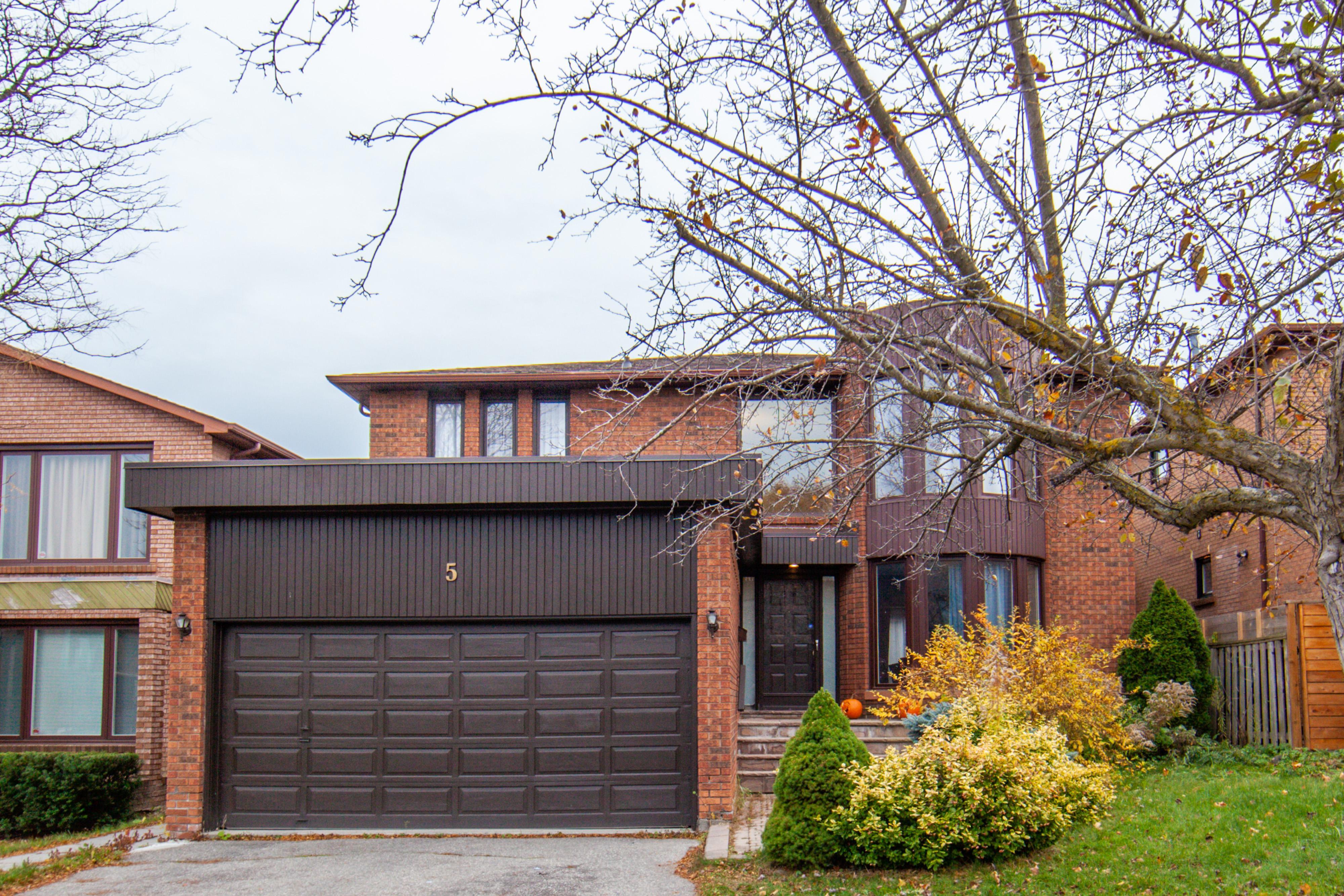 5 Clarinda Drive, Bayview Village, Toronto