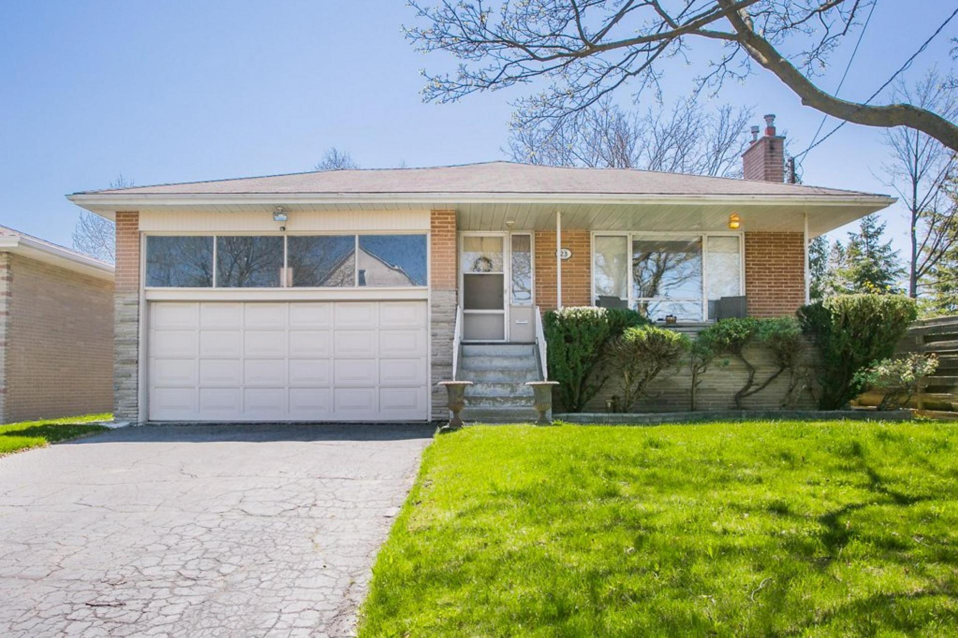 23 Millgate Crescent, Bayview Village, Toronto