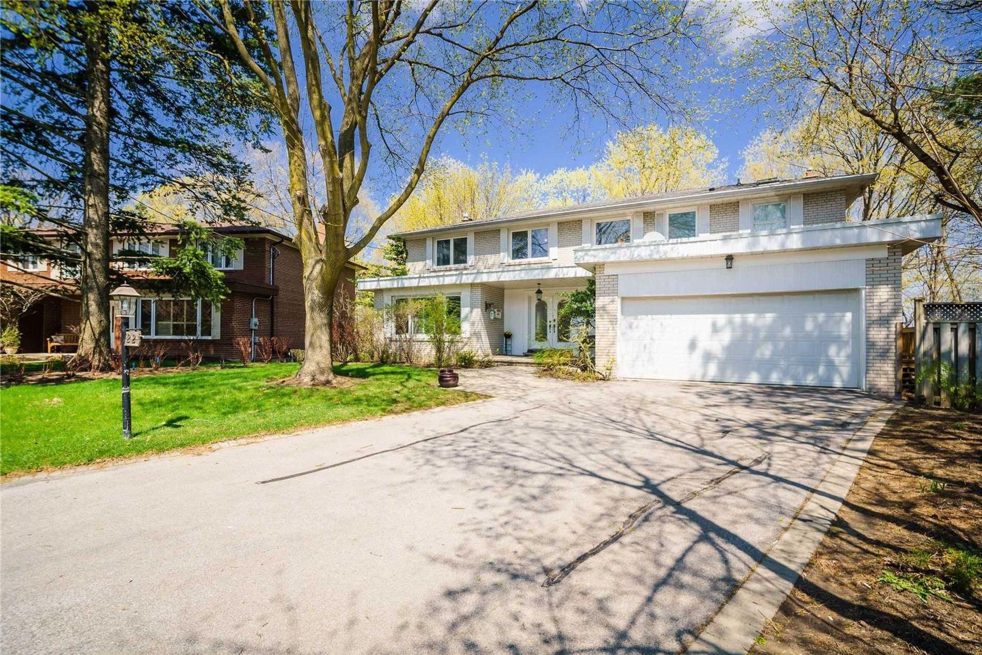 22-woodthrush-crt-bayview-village-toronto-01 at 22 Woodthrush Court, Bayview Village, Toronto