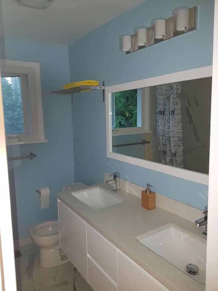 bathroom1 at 1 Knollview Crescent, Bayview Village, Toronto