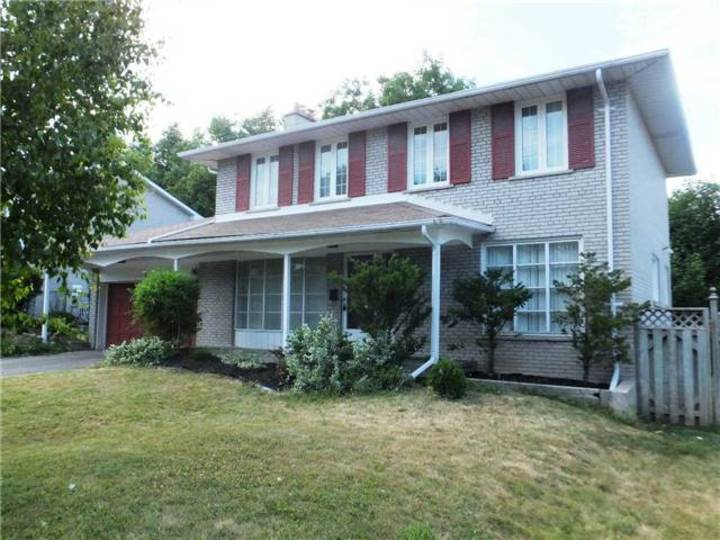 1 at 1 Knollview Crescent, Bayview Village, Toronto
