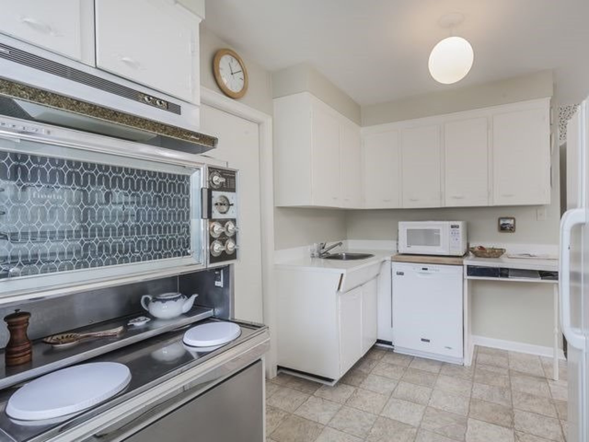 55 at SALE # 464 - 46 Palomino Crescent, Bayview Village, Toronto