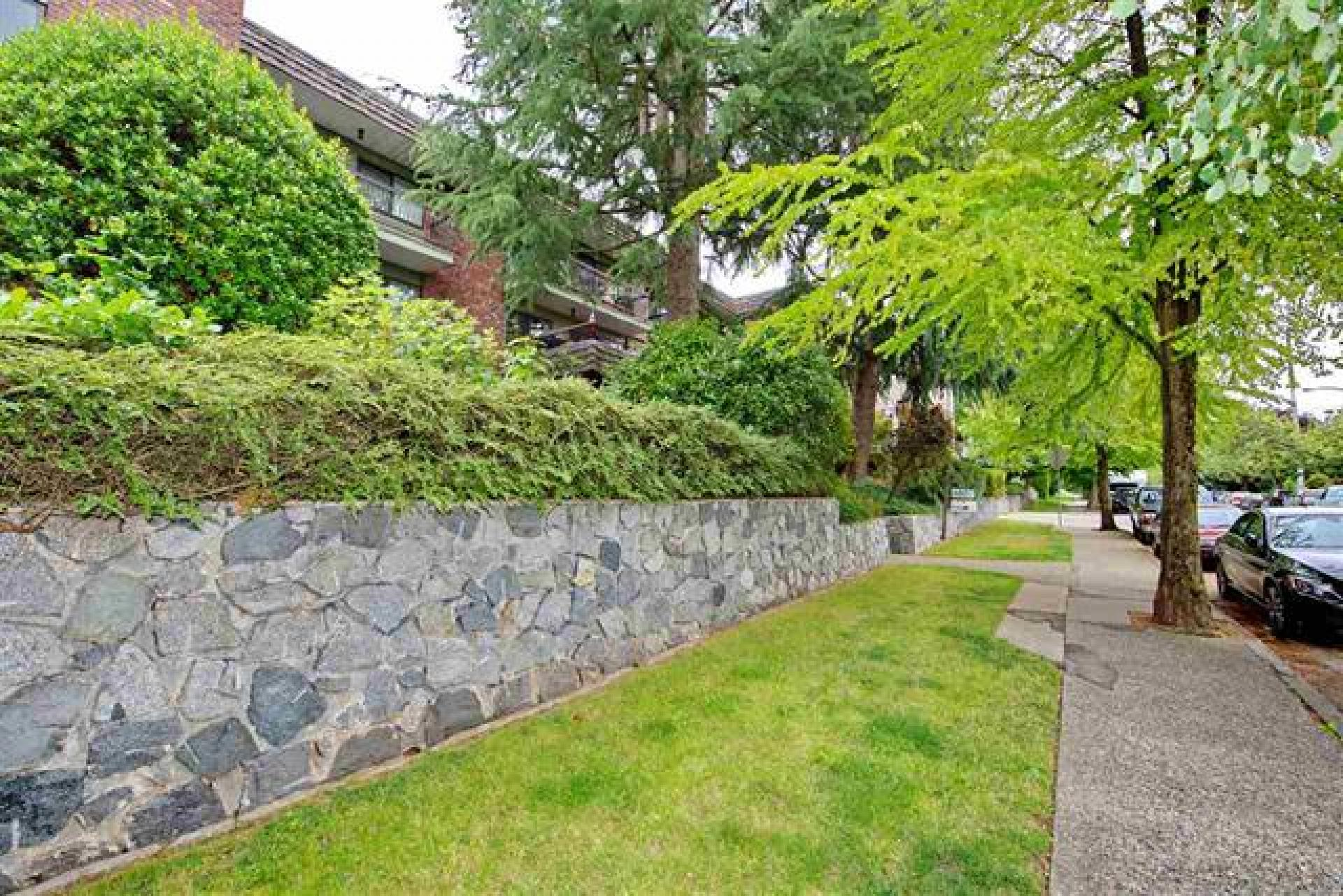 213 - 680 E 5th Avenue, Mount Pleasant VE, Vancouver East