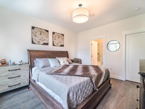 7979-152-st-surrey-bc-v3s-010-021-bedroom-mls_size at 23 - 7979 152 Street, Fleetwood Tynehead, Surrey