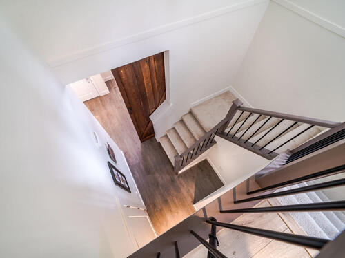 7979-152-st-surrey-bc-v3s-019-008-staircase-mls_size at 23 - 7979 152 Street, Fleetwood Tynehead, Surrey