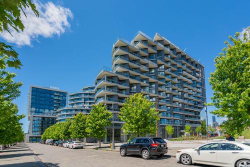 09-30-merchants-wharf at 1 & 35 Edgewater Drive, Waterfront Communities C8, Toronto