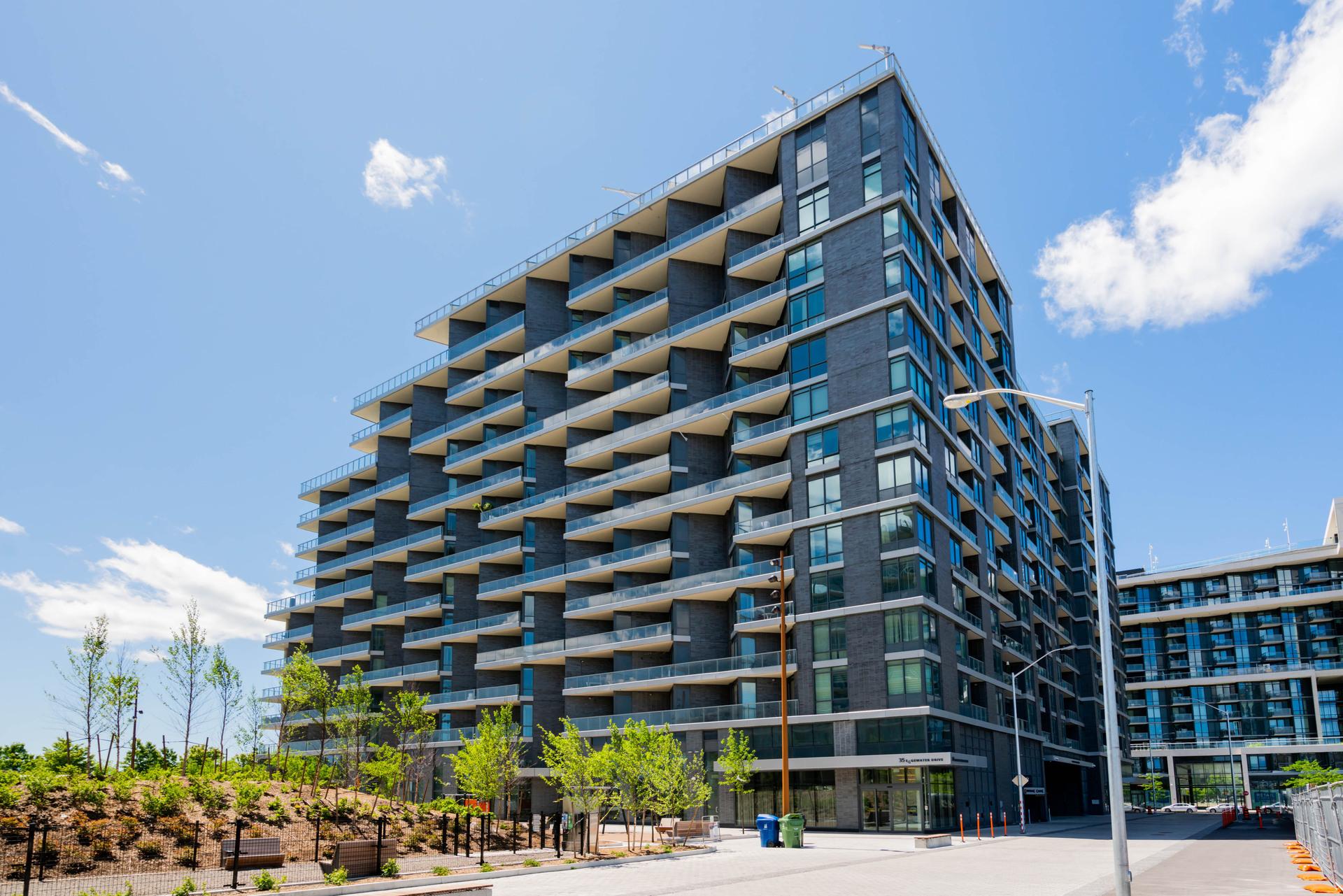 1 & 35 Edgewater Drive, Waterfront Communities C8, Toronto 2