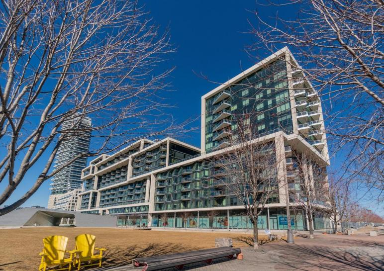 15 Merchants' Wharf, Waterfront Communities C8, Toronto