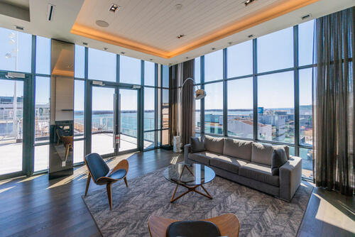55-merchants-wharf-suite-213-large-047-037-lounge-1499x1000-72dpi at 15 Merchants' Wharf, Waterfront Communities C8, Toronto