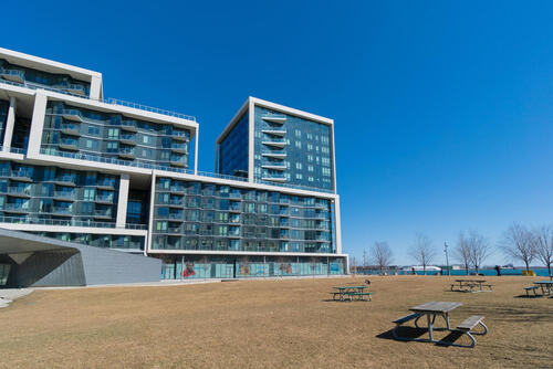 55-merchants-wharf-suite-213-large-062-048-park-1499x1000-72dpi at 15 Merchants' Wharf, Waterfront Communities C8, Toronto