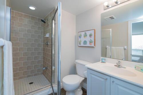 1103-leslie-street-suite-703-large-031-035-master-bedroom-ensuite-1500x1000-72dpi at #703 - 1103 Leslie Street, Banbury-Don Mills, Toronto