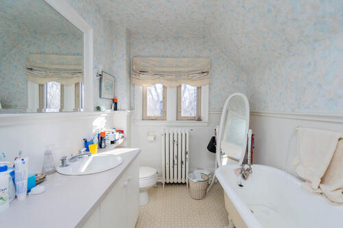 83-lynwood-avenue-large-057-050-bathroom-1500x1000-72dpi at 83 Lynwood Avenue, Casa Loma, Toronto