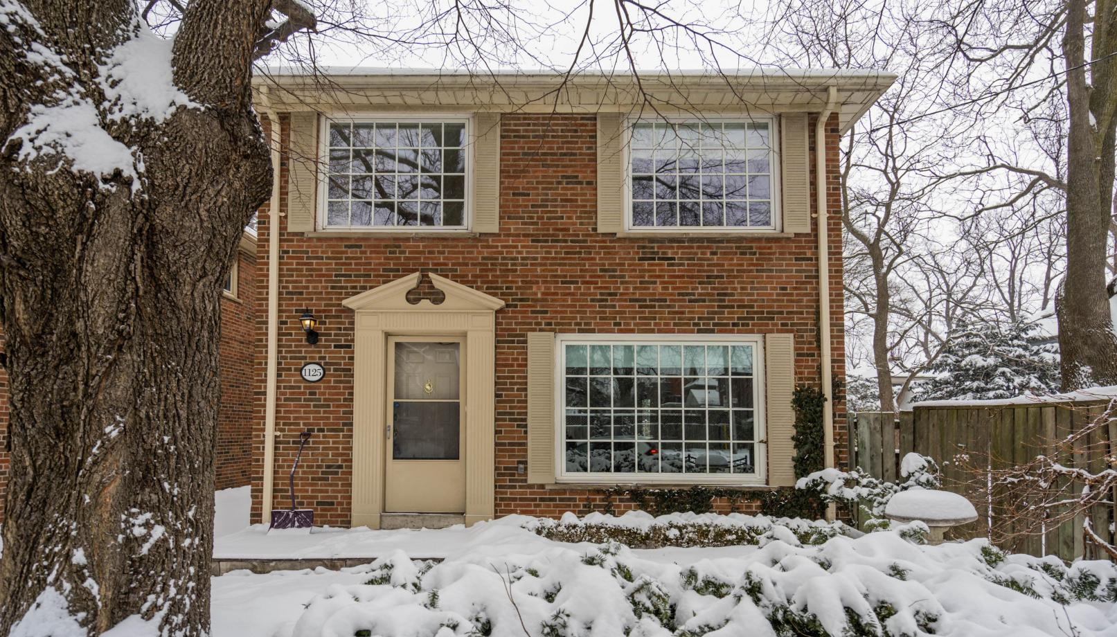 1125 Mount Pleasant Road, Mount Pleasant East, Toronto