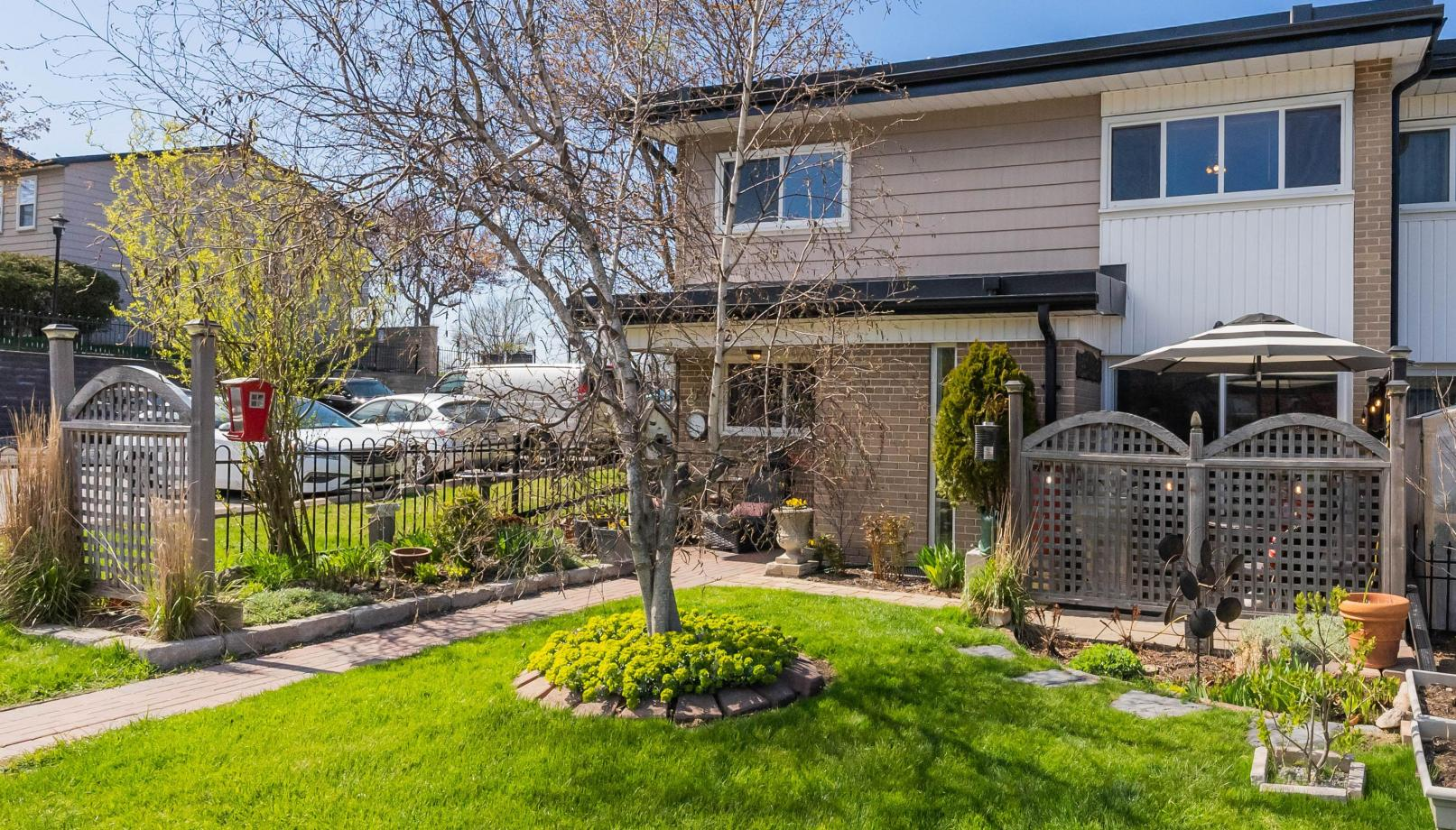 #92 - 925 Bayly Street, West Shore, Pickering