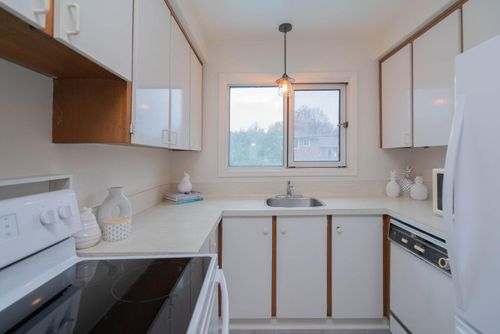 25-overbank-crescent-large-017-020-kitchen-1498x1000-72dpi at 25 Overbank Crescent, Parkwoods-Donalda, Toronto