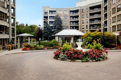 #206 - 225 The Donway West, Banbury-Don Mills, Toronto photo number 2