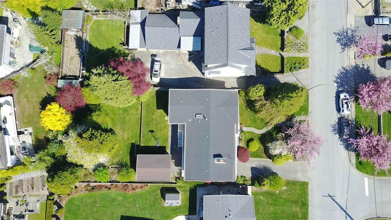 1065-phillips-avenue-simon-fraser-univer-burnaby-north-05 at 1065 Phillips Avenue, Simon Fraser Univer., Burnaby North